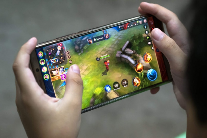 jugar desde el movil- mejores telefonos 2019